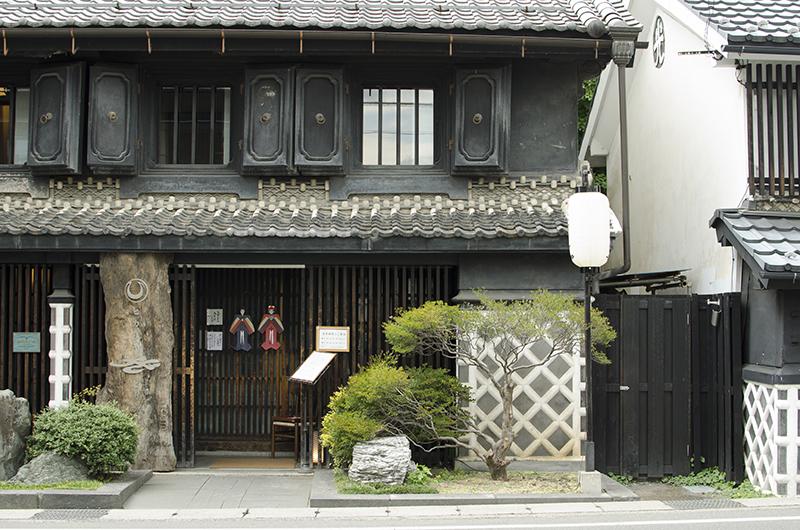 ヒカリヤニシ・ヒガシ