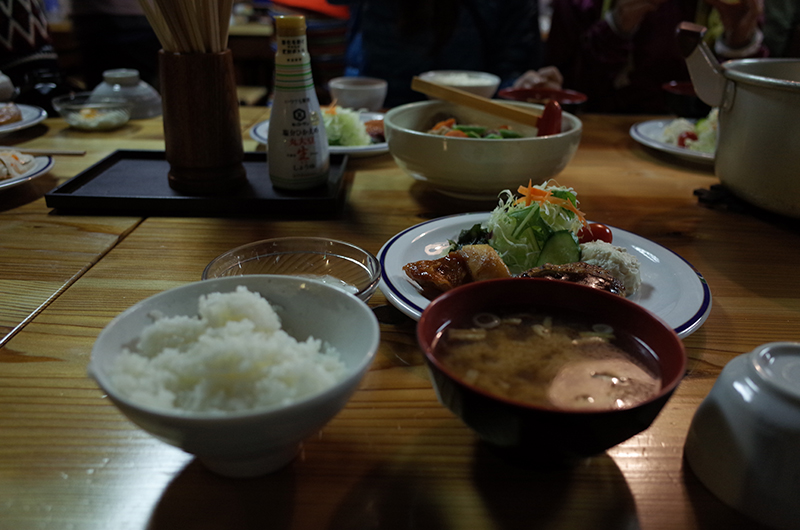 燕岳:夕食