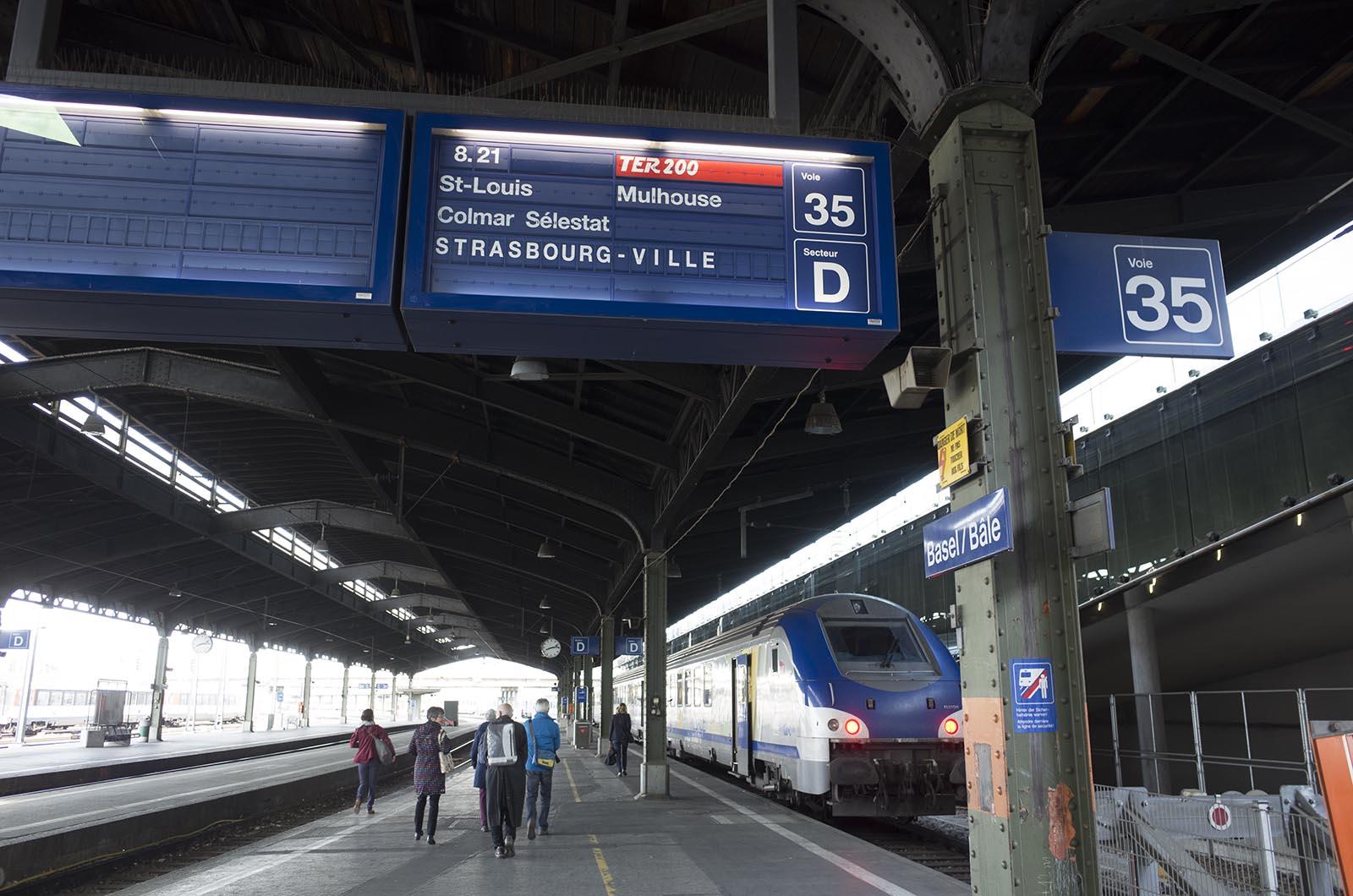 ヨーロッパ鉄道建築の旅'16:3日目 バーゼルからストラスブール・コルマールへ