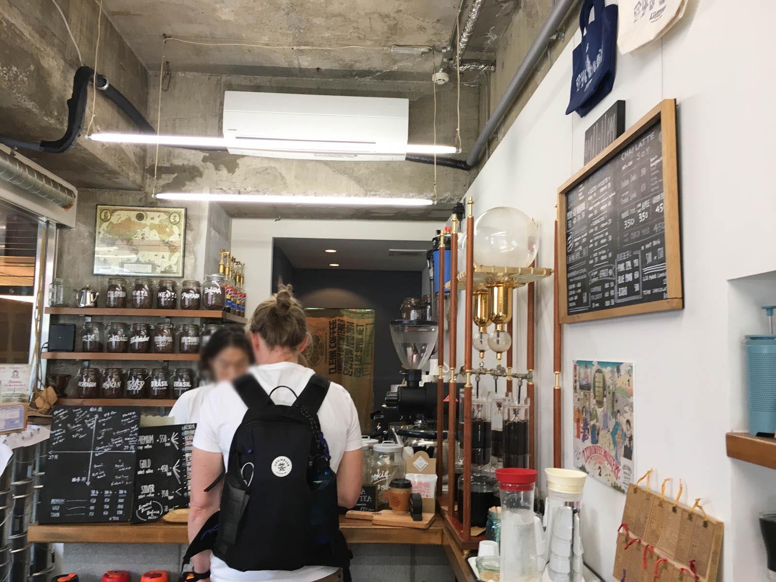 大阪・心斎橋のスタンド「リロコーヒーロースターズ」